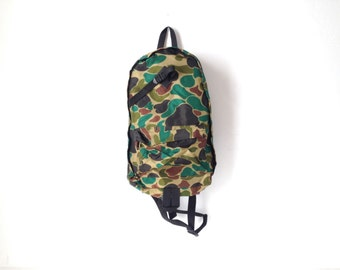 vintage CAMOUFLAGE backpack 80s vintage STRANGER THINGS era bag