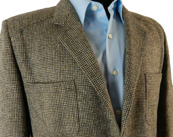 Vintage 1970s Checked Tweed Sport Coat. Unlined Wool Jacket with Unique 70s Details.  Made in Italy.  42 43