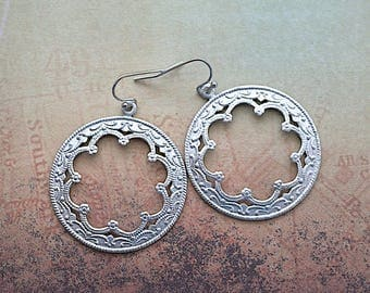 Matte Silver Patina / Round Scroll Work Frames / Dangle Earrings