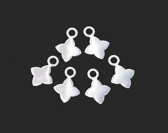 6 of 925 Sterling Silver Flower Charms 7mm., Tiny Charms  :tk0139
