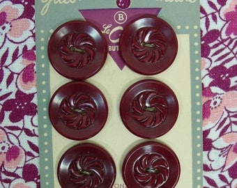 """Vintage Buttons on Original Card, 6 Plastic Maroon Buttons with Pattern, 7/8"""""""