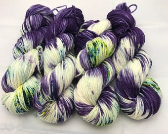 Oscar Worsted , Hand Dyed Yarn, Superwash merino, worsted weight, multicolored yarn, Blueberry Mojito