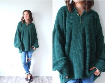 20% OFF HALLOWEEN SALE Vintage green oversized sweater // dark olive green button sweater // large sweater dress // sweater dress // oversiz