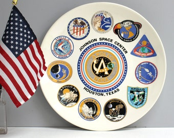 Johnson Space Center - NASA souvenir plate - manned Apollo missions - 1960s, 1970s