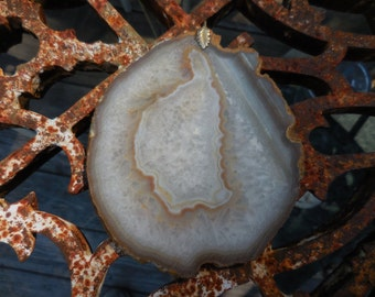Vintage Hangable Geode Slab 1960s to 1970s Brown/Beige/White Natural Rock Stone