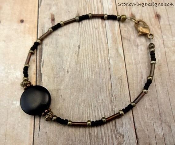 Black Onyx Bracelet, Black Bracelet, Black and Antique Gold Bracelet, Stacking Bracelet, Simple Bracelet, Minimal Jewelry