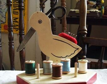 sewing caddy, wooden bird sewing caddy, folk art thread and scissors holder, Compton scissors, JP Coats thread