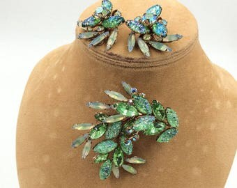 Vintage Rhinestone Brooch Earring Set Givre Molded Glass Lava Glass