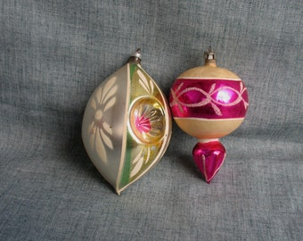 2 Vintage Glass Christmas Tree Ornaments  Mica Indent West Germany