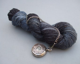 Donegal Tweed BFL Sock Wool. Jackdaw