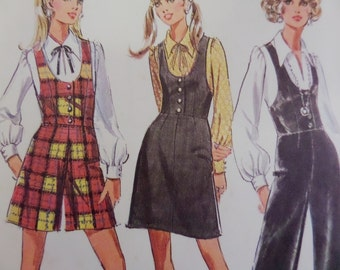 FITTED JUMPSUIT Pattern • McCall's 2121 • Miss 14 • Scoop Neck Jumper • Short Jumpsuit • Sewing Pattern • Vintage Patterns • WhiletheCatNaps