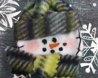Snowman Pin or Magnet