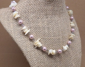 Beaded Necklace, Glass Necklace, Mother of Pearl Necklace, Shell Necklace, Pink and White Necklace, Glass Pearl Necklace, Beaded Glass
