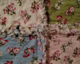 New item Moda's Dogwood Trail Handmade Rag Quilt fabric candle mat REVERSIBLE  shabby chic