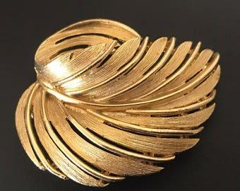 Lisner Warm Gold Abstracted Vintage Leaf Brooch