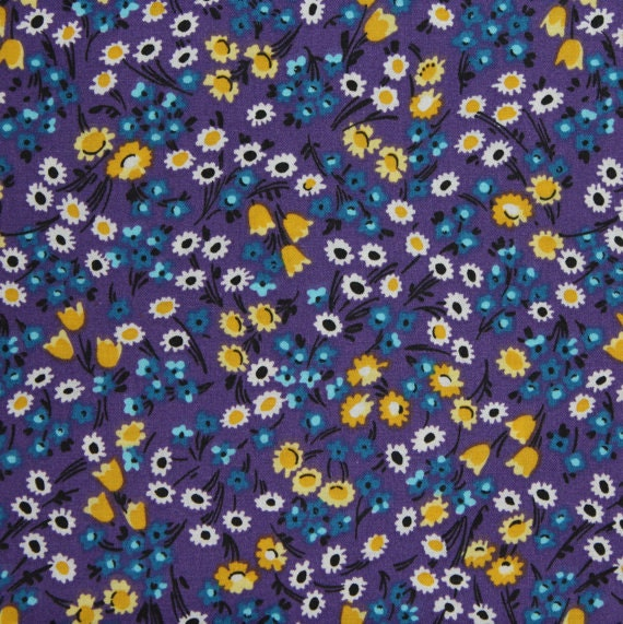 Flower fabric,Floral fabric,Purple flower fabric,Calico cotton fabric,100% cotton fabric,Quilt,Apparel,Craft,Sold by FAT QUARTER INCREMENTS
