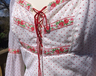 Med Large 1970's Robert California White And Red Polka Dot Maxi Dress Lace Up Front Rose Embroidered Trim Bell Sleeves Tie Back Vintage 13