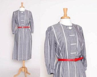 ON SALE Vintage 80s Grey Stripe Dress / Housewife Dress /  S M