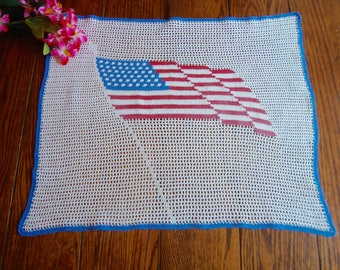 Crochet US Flag Centerpiece Doily Vintage Wall Hanging Wall Art