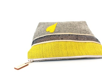 "make up case made in cotton ""Winny"" // purse // bathroom"