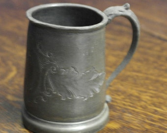 antique small pewter etched tankard