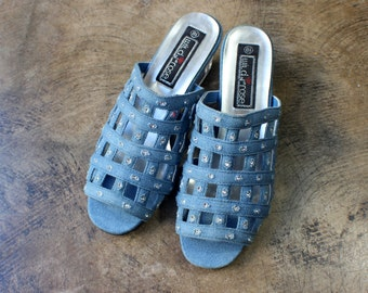 8 1/2 Denim Mule / Cage Slip On Shoes Lucite Wedge Heel / Vintage Women's Sandals