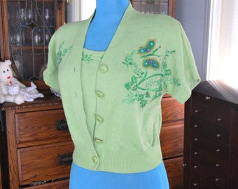 small lime green 2 pc sweater top st john