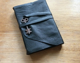 Black Leather Journal with Skeleton Key-Travel Journal-Leather Sketchbook-Gift Idea for Him or Her-Handmade Book-Just Journal It