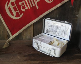 "Retro First Aid Box ~ ""Pac-Kit"" ~ heavy metal box with handle and latches"