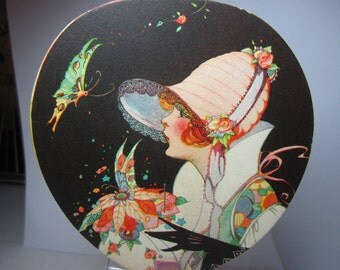 Fantastic unused Art Deco Henderson Line novelty bridge tally paper Fan with beautiful graphics flapper girl in deco cloche,gloves,butterfly