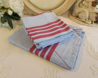 Vintage French table cloth and matching 5 napkins, serviettes. Blue and red.  Country cottage chic