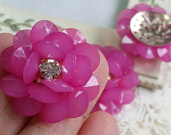 30 mm Hot Pink Acrylic with Rhinestone Flower Cabochons (t.s)