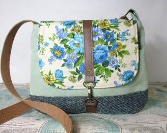 Iowa City- Crossbody messenger bag // Vintage floral print // Adjustable strap // Vegan purse // Travel bag // Blue// Green // Ready to ship