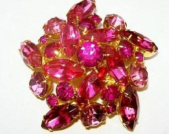 "Pink Rhinestone Brooch Pin Star Floral Design Gold Metal 2"" Vintage Holiday"