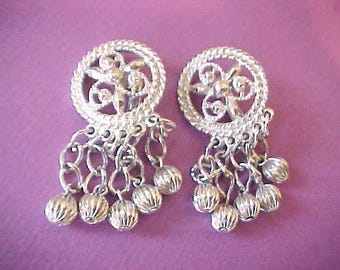 "Pretty ""Fashion in Motion"" Dangling Earrings Signed:  ""Sarah Cov"""