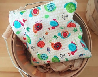 Reusable snack bag, zipper bag, lunch sack, snails, kids