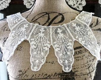 Vintage Lace Collar, Filet Lace Dress Blouse or Sweater Collar, Old Lace, Vintage Linens by TheSweetBasilShoppe