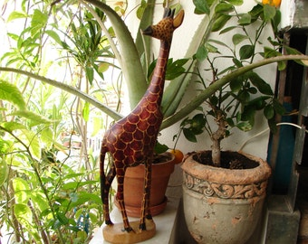 vintage, wooden giraffe statue, carved animal on base, African wildlife, plains