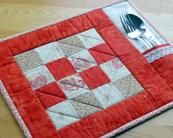 PDF Pattern for 6 Quilted Placemats (Beginner)