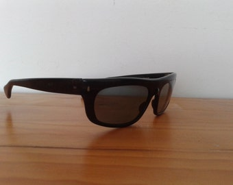 Vintage 90s sunglasses Made in Spain model Bayona 64, square sunglasses, sport sunglasses, dark brown sunglasses