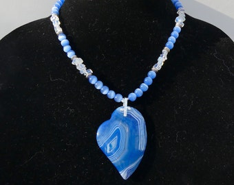 18 Inch Blue Striped Agate Offset Heart Pendant Necklace with Earrings