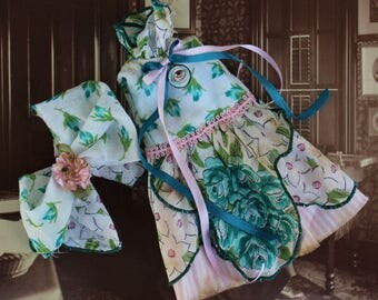 Blythe Doll Hanky Dress Turquoise blue flowers