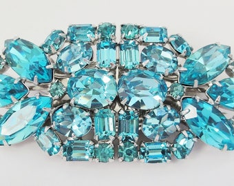 1950's Duette Brooch Aqua Blue Rhinestones Mid Century Silver Rhodium Setting Double Prong Dress Clips Excellent Condition Large Brooch