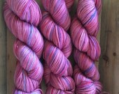Cash'Sock - a cashmere/merino/nylon blend fingering yarn - Chouchou