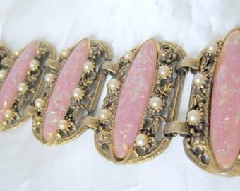 Selro Pink Bracelet - Lucite Confetti - 5 Wide Panels - Mid Century Links