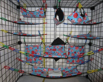 17  Pc  -  Lady Bugs on Blue - Sugar Glider Cage Set
