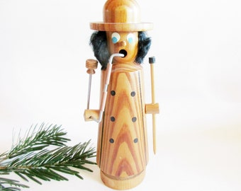 Lovely German Vintage DDR Erzgebirge Reto Wood Incense Smoker, Smoking Man with Pipe made in the 70ies + 1 FREE Box Incense cones