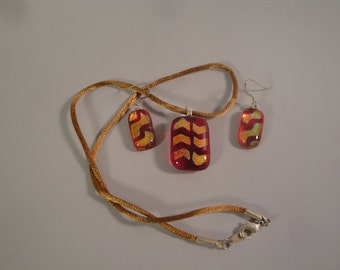 Dichroic Red and Gold Fused Glass Pendant and Earrings Set- BHS02095