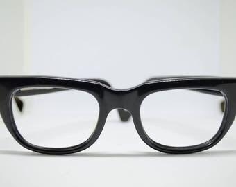 Plain Black Vintage Hipster style Frames