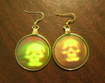 3D Grinning Skull Hologram Earrings Holographic Skeleton Head Jewelry Retro Vintage Style Gothic Halloween Hipster
